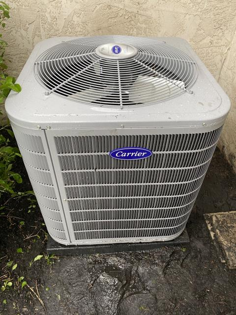 Canal Winchester, OH - I completed a diagnostic service call on a Carrier air conditioner. I determined that the unit was a little low on Freon and the blower speed wasn't properly set. Adjusted, cycled, and the customer's unit is now operating properly.