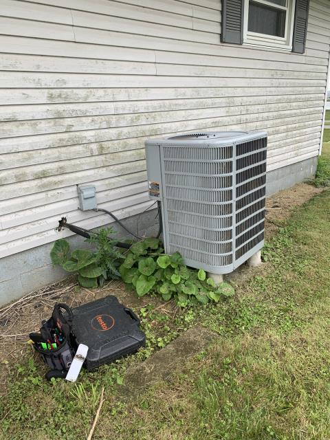 Lockbourne, OH - I completed a diagnostic service call on an air conditioner. I determined that the capacitor needed to be replaced as well as the unit needing to be cleaned. I went over options with the customer.  Customer opted to replace capacitor, I cycled and everything is cooling properly.