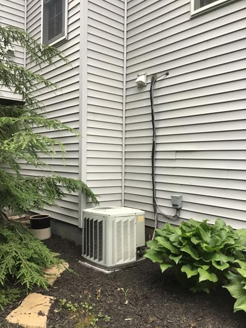 Lockbourne, OH - I arrived on site to perform an installation of a Carrier 96% Variable-Speed Two-Stage Gas Furnace and a Carrier 16 SEER Air Conditioner. Both installations were successful and the units were running at full functionality at the time of departure.