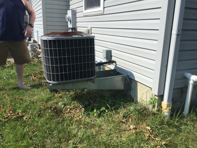 Grove City, OH - Upon completing a diagnostic call on a carrier air conditioner. I recommend that due to the age, condition and cost of repairs (seen and unseen) that the unit be replaced. New unit getting installed tomorrow.