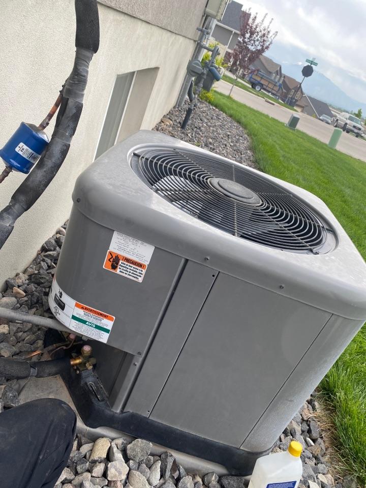 Santaquin, UT - Refrigerant leak repair for AC system.