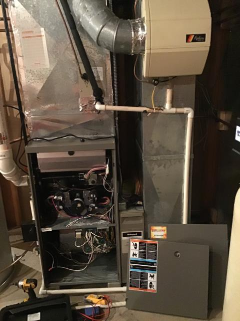 Xenia, OH - Performed complete tuneup and safety inspection on a Lennox furnace to ensure efficient  operation for the winter season of 2019/2020.