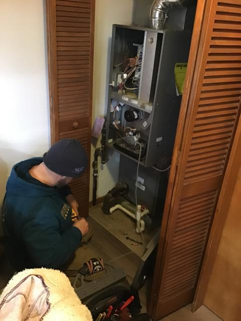 Kettering, OH - Repair on a Rheem furnace unit.