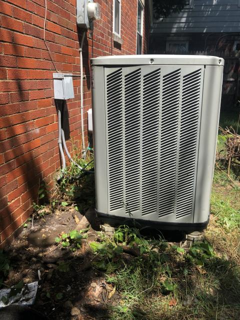 Fairborn, OH - Customer advised 2013 Trane outdoor unit was not kicking on in ac mode. Outdoor unit was extremely dirty blocking airflow which aided in the capacitor being drained . Washed outdoor unit with hose. Replaced capacitor with one from  truck stock and restarted system.