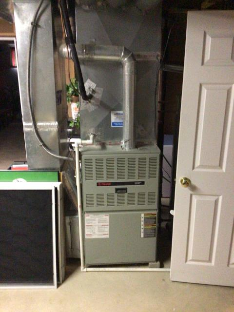 Beavercreek, OH - I am Performing our Five Star Tune-Up & Safety Check on a 2000 Trane Gas Furnace. All readings were within manufacturer's specifications, unit operating properly at this time.
