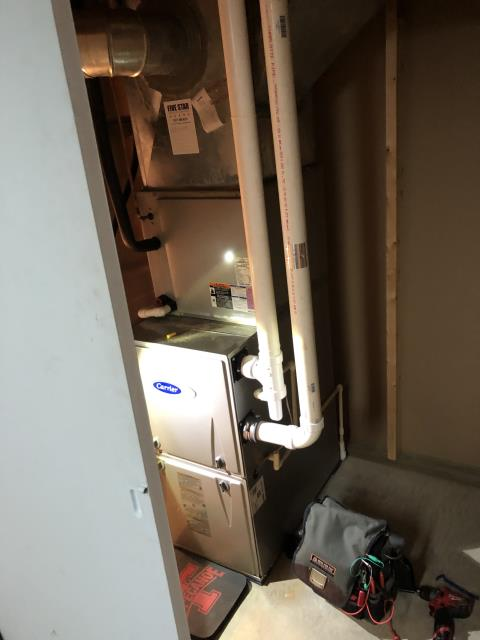 Xenia, OH - Upon tune up inspection for 2013 Carrier furnace, everything running properly. Unit operational at time of departure.