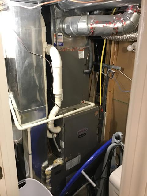"""Centerville, OH - I performed a furnace safety check on a Carrier """"Infinity Series"""" 96% Variable Speed Two-Stage 120,000 BTU Gas Furnace.  Everything is running perfectly,"""