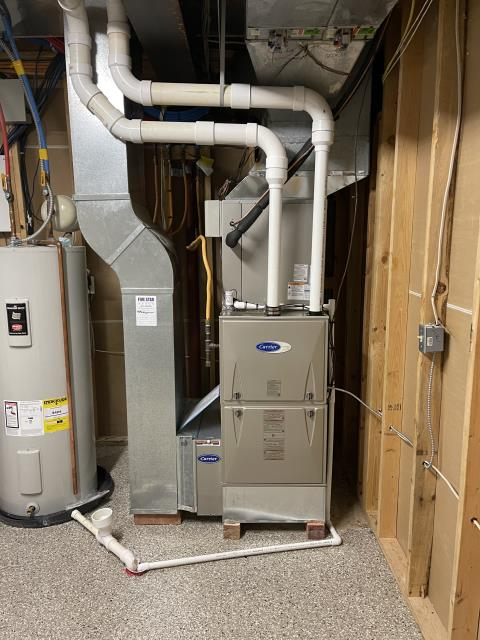 Springboro, OH - I installed a Carrier 96% Two-Stage 100,000 BTU Gas Furnace (pictured below) and a Carrier 16 SEER 4 Ton Air Conditioner for customer.