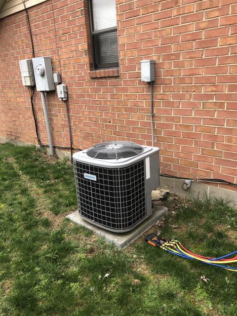 Huber Heights, OH - I performed a tune up on a Comfortmaker air conditioner. I found the refrigerant was a little low and added some to the system with customer's permission. Everything else checked out within specs. System is operational upon departure.