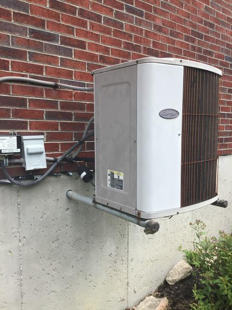"""Springboro, OH - Client requested an estimate for to replace a Carrier air conditioner and Gas Furnace. I recommended replacing it with a Five Star """"Infinity Series"""" 80% 2 Stage Variable Speed 90,000 BTU Gas Furnace and a Five Star """"Infinity Series"""" 19 SEER Variable-Speed 3 Ton Air Conditioner"""