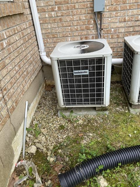 Xenia, OH - After removing the comfortmaker air conditioner, I installed a Five Star 13 SEER 2 Ton Air Conditioner. Cycled and monitored the system. Operating normally at this time. Included with the installation is a free 1 year service maintenance agreement.