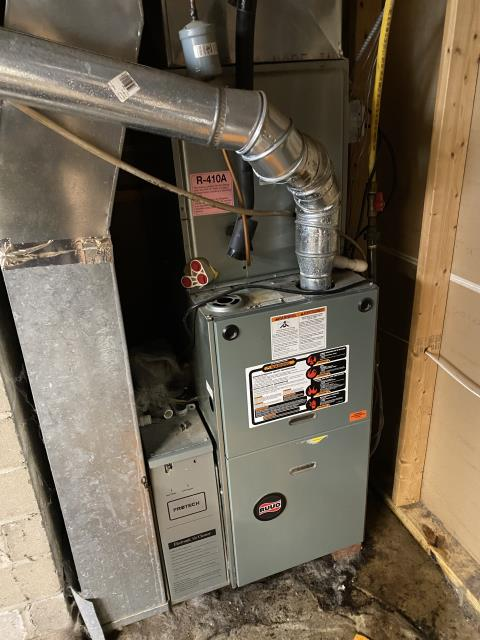 Dayton, OH - Upon inspection, I found the condensate pump had failed. I informed the customer and they approved the repair. I replaced the condensate pump and cycled the system. Everything checks out as it should. System is operational upon departure.