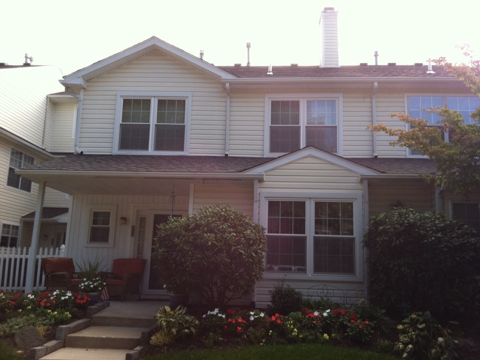 Glen Mills, PA - Homecraft, Inc. installs WindBlocker vinyl windows with Low-E glass and Ultraflect warm edge spacer.