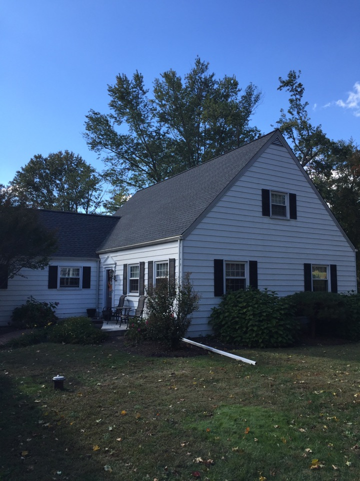West Chester, PA - GAF Timberline shingles with ridge vent and edge vent