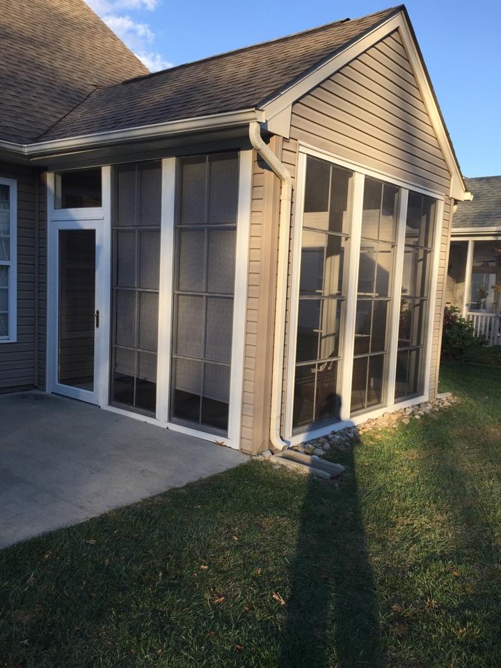 Middletown, DE - PGT Sunroom with a Provia storm door