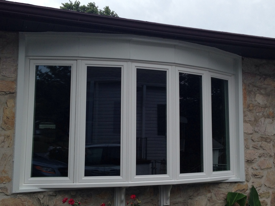 Ridley Park, PA - Vinyl Bow Window recently installed by Homecraft, Inc.