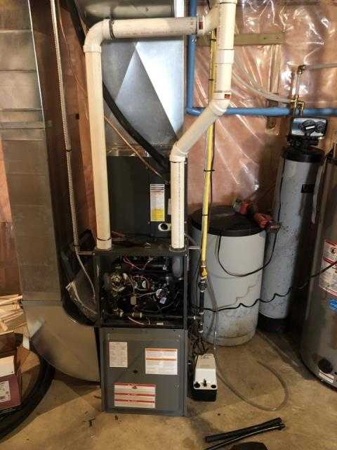 Elora, ON - Replace old furnace with the Install of a New Amana High Efficiency Furnace for great Family in Elora