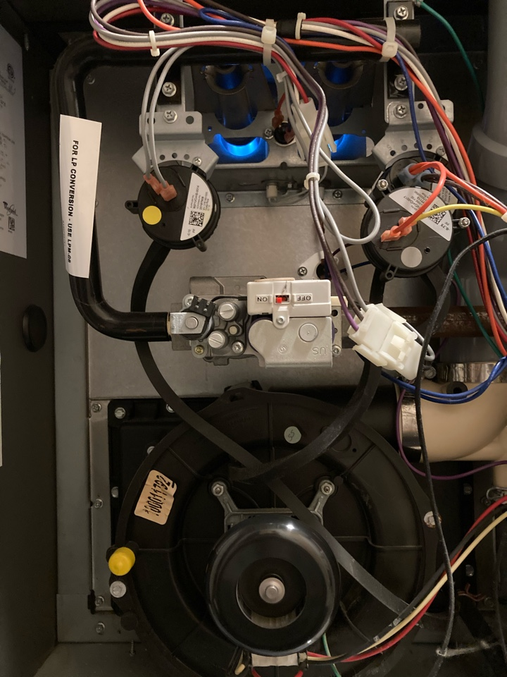 Guelph, ON - Furnace service call for no heat on a Whirlpool furnace in Guelph Ontario