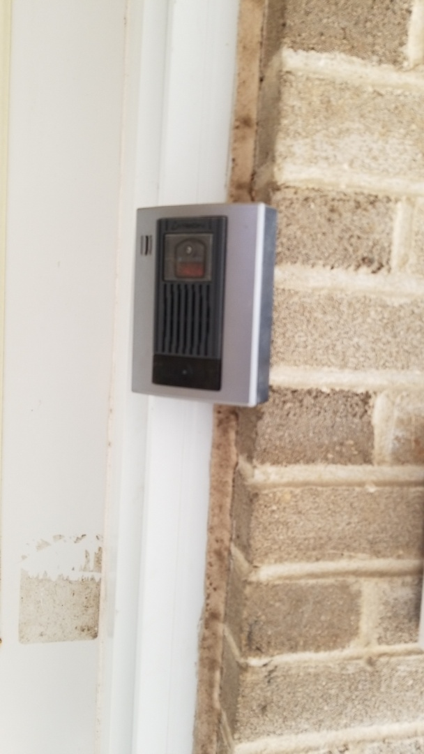 Scarborough, ON - Installation of Ivision intercom no WiFi needed.