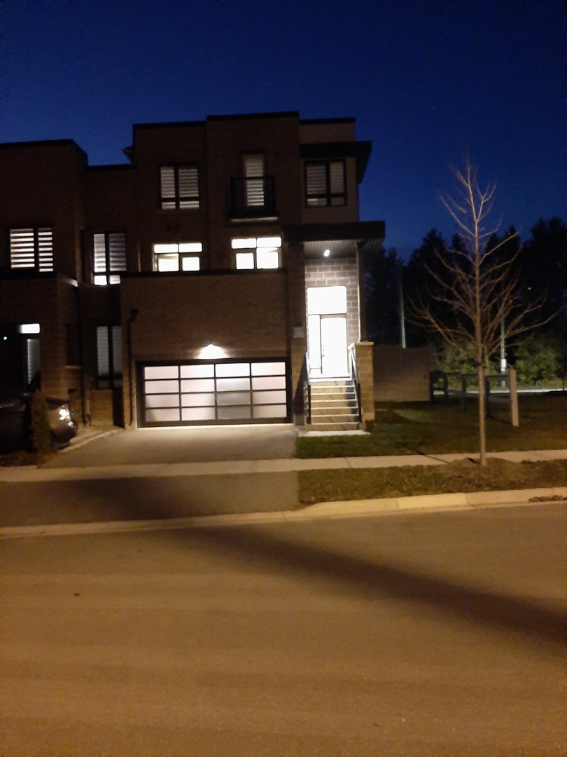 Richmond Hill, ON - Residential camera and alarm assessment.