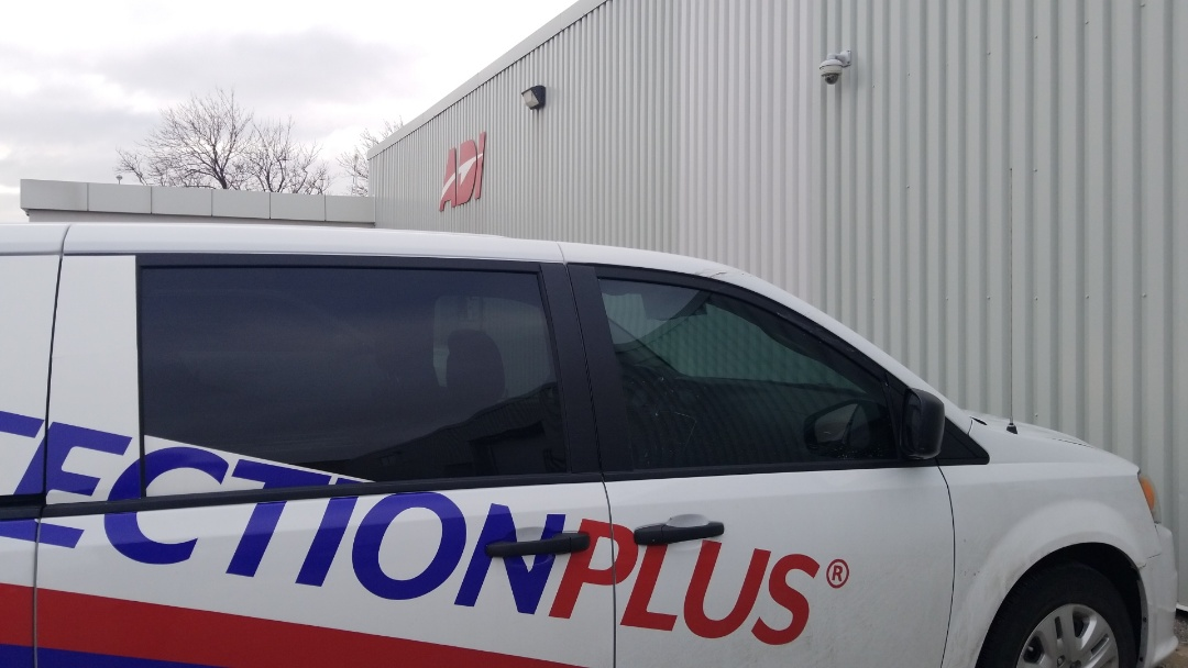 Etobicoke, ON - Equipment Returns