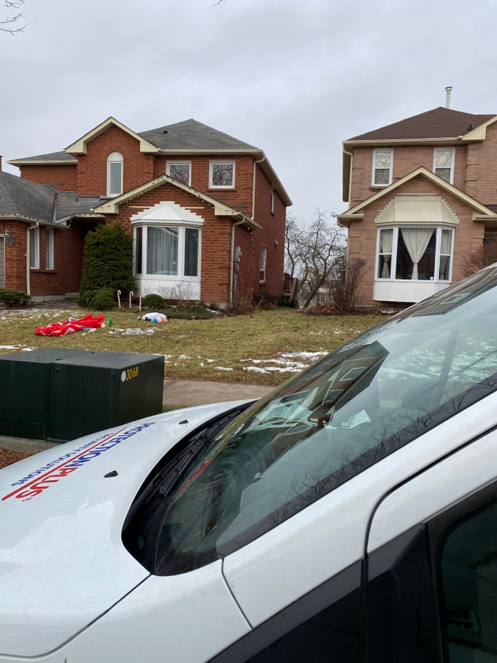 Whitby, ON - Security and alarm system