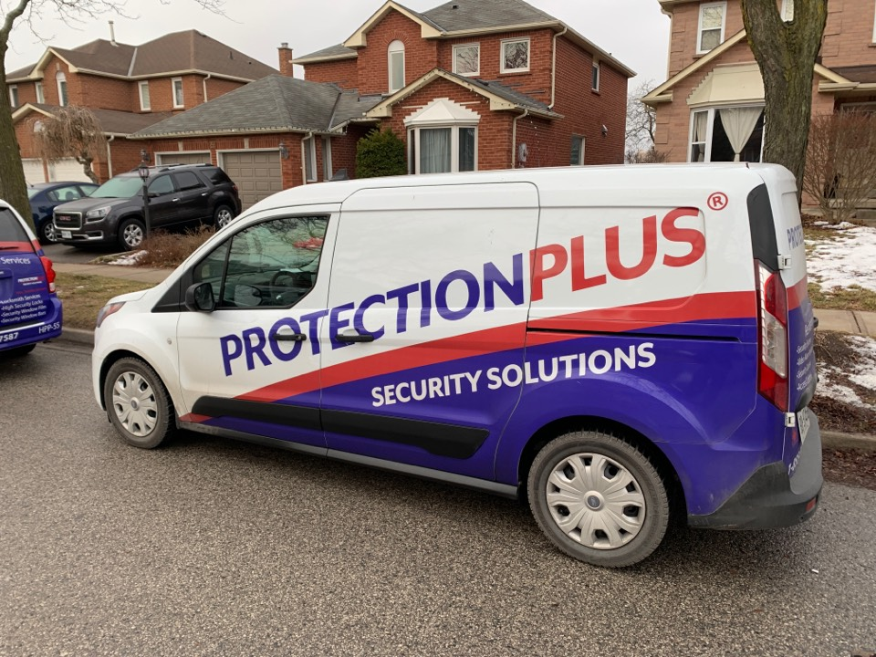 Whitby, ON - Camera system and alarm installation