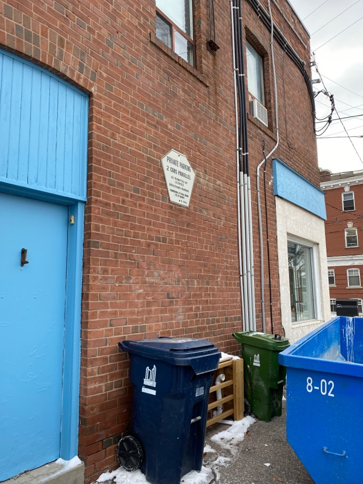 Old Toronto, ON - Security and alarm system