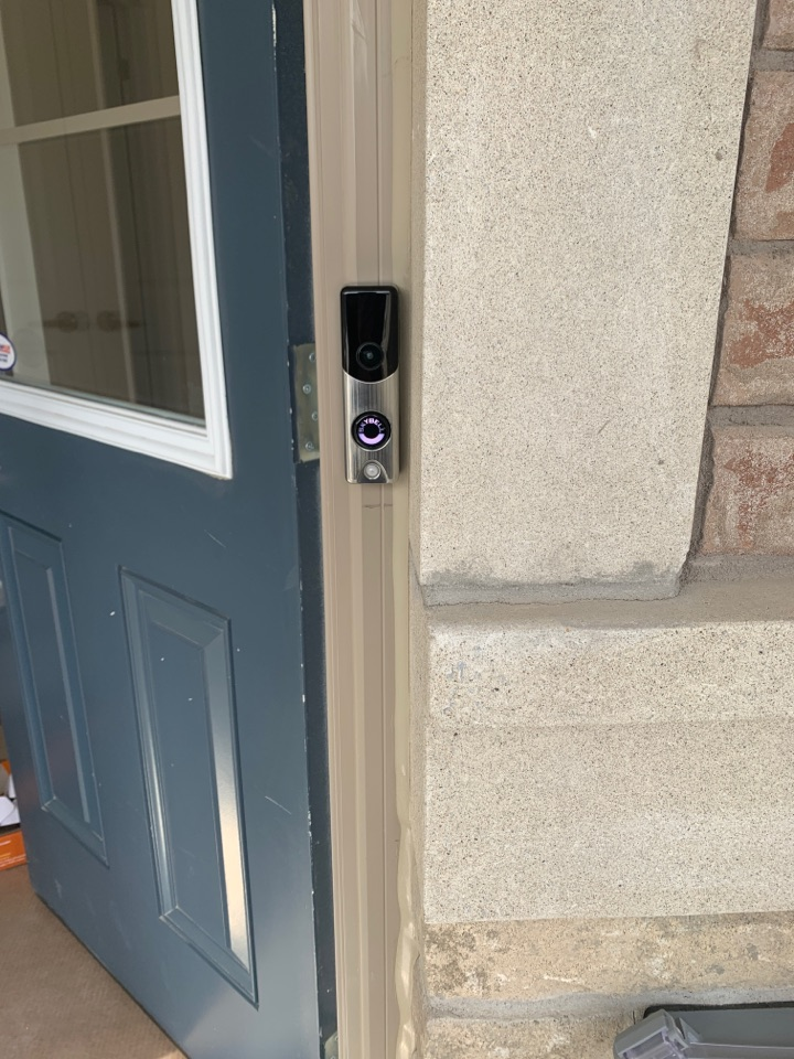 Whitby, ON - Installation of SkyBell