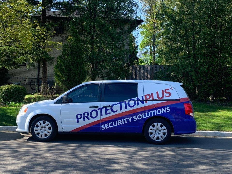 Etobicoke, ON - Takeover of a ADT Honeywell alarm system and upgrade to cellular communicator with Video Varification