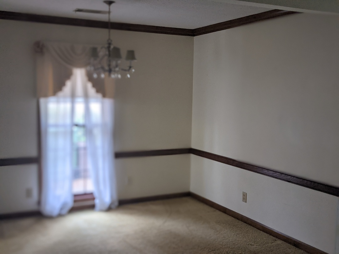 Montgomery, AL - Cleaning a home to be sold