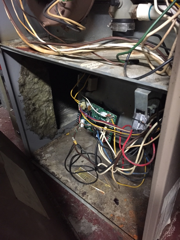 Saint Louis, MO - Air conditioning service call. In order to repair, I had to rewrite low voltage wiring to Air Ease HVAC circuit board.
