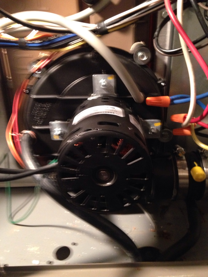 McNabb, IL - Replacing exhaust blower on furnace has no heat.