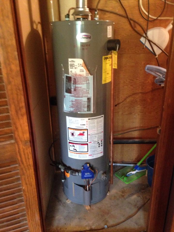 Tiskilwa, IL - Install water heater