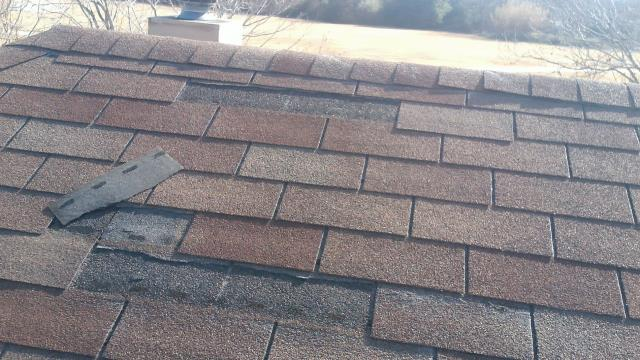 Roof repair in Hutto