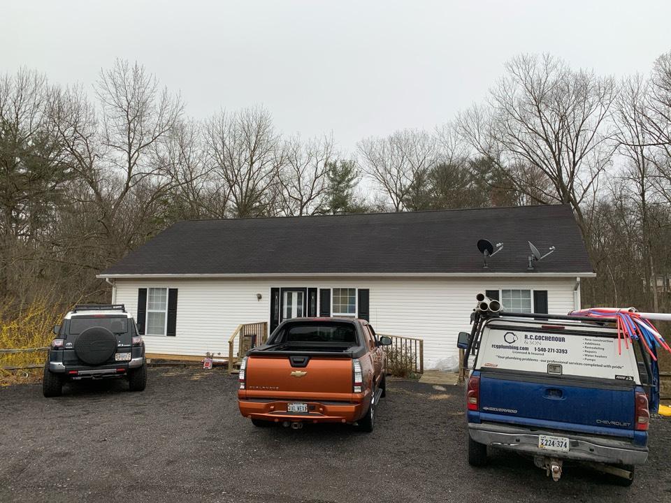 Shenandoah, VA - Install new anode rod