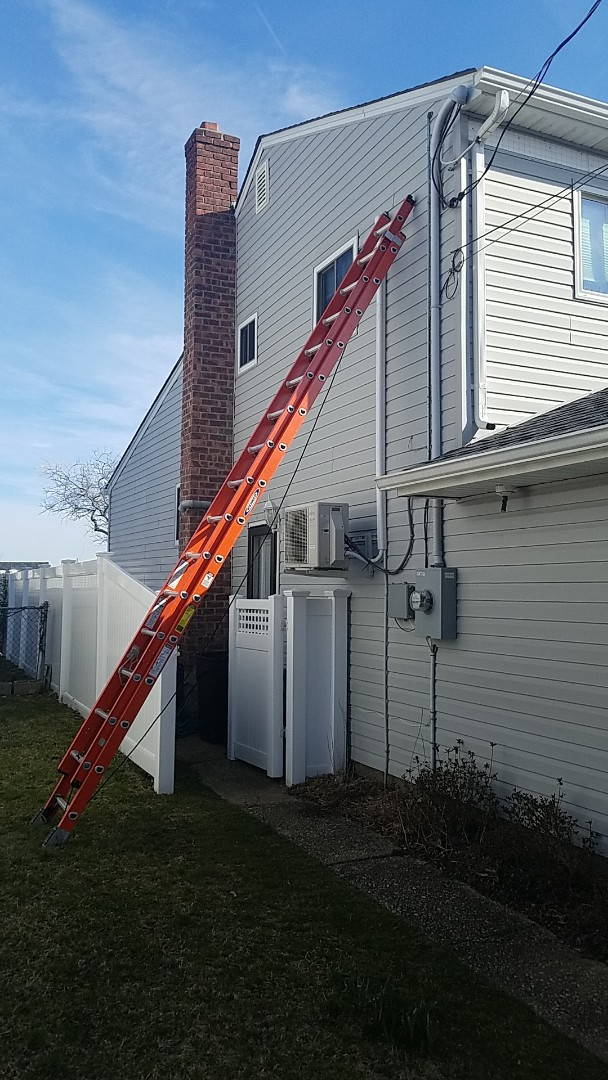 Freeport, NY - Repairing a leak on a line set for ductless unit