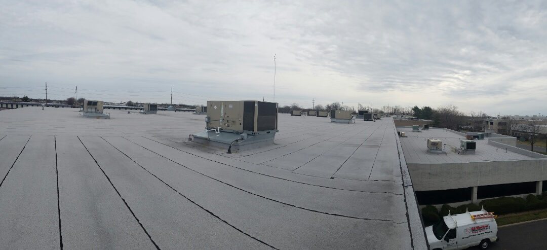 Farmingdale, NY - Working on Roof Top Air Conditioning and Heating Systems