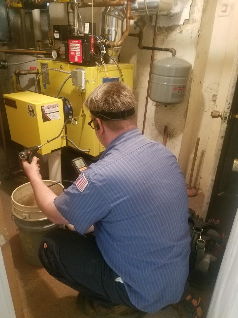 Garden City, NY - Energy Kinetics system 2000 Gas Heating maintenance inspection