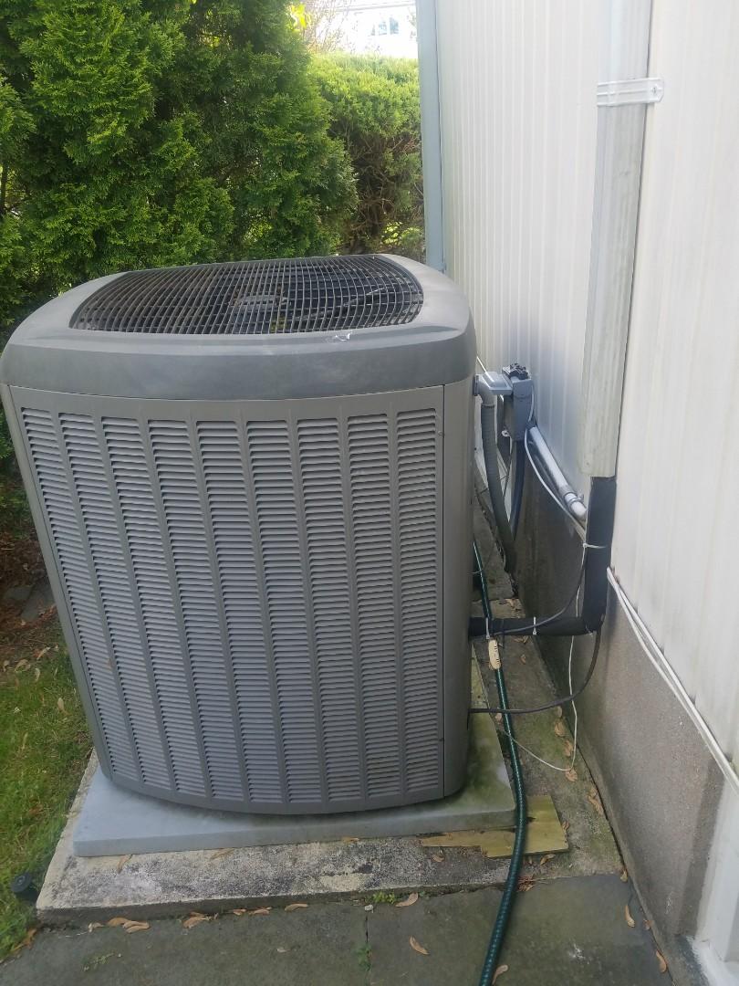 Roslyn, NY - Lennox Preventive maintenance  Roslyn