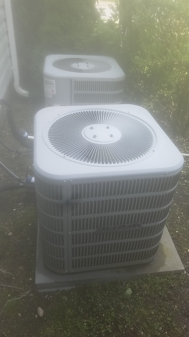 Massapequa, NY - Performed ac pm on two aire flo splits in massapequa