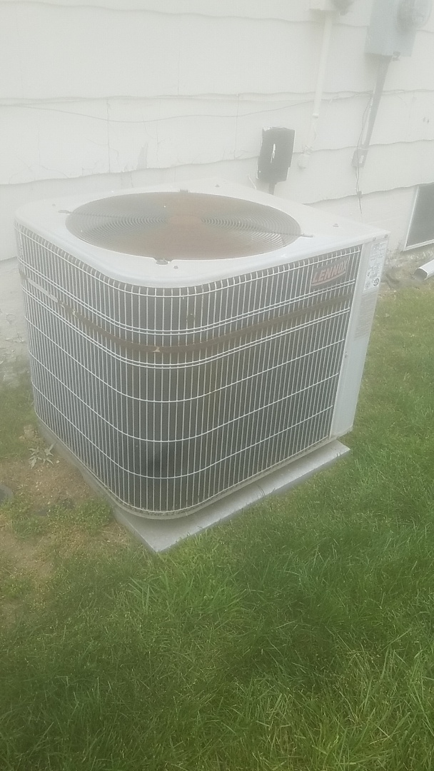 Melville, NY - Completed ac pm on a lennox split in lindenhurst