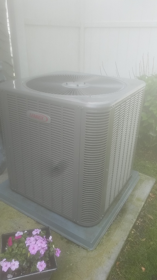 East Meadow, NY - Performed ac pm on a lennox split in Baldwin