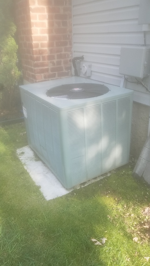 Coram, NY - Completed ac pm on a rheem split in deer park