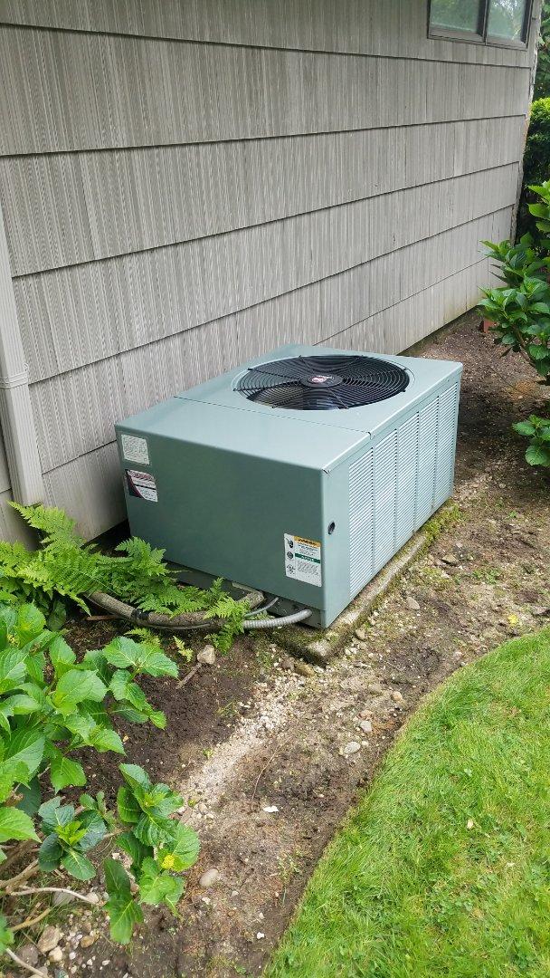 Lake Success, NY - Performed Rheem R22 maintenance  Installed customer supplied merv 16 Filter in Lake Success, NY