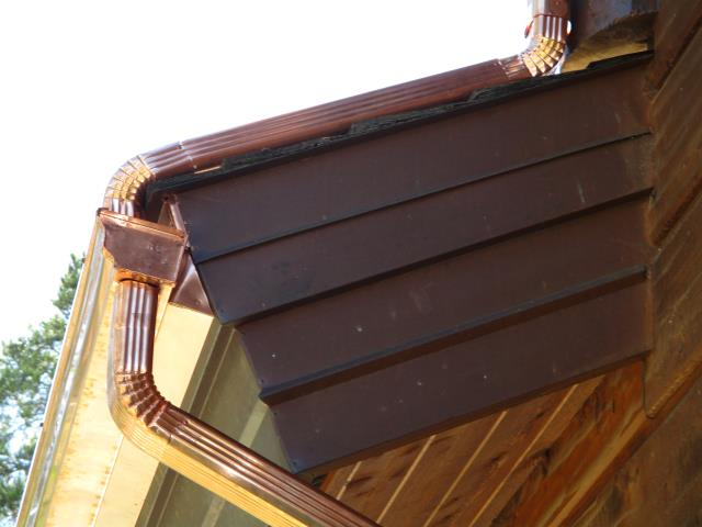 Copper seamless roll formed gutters with self regulating Raychem heat cable.