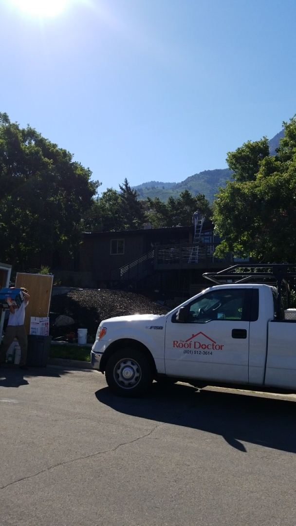 Salt Lake City, UT - New GAF TPO roof today. It's gonna be hot today.