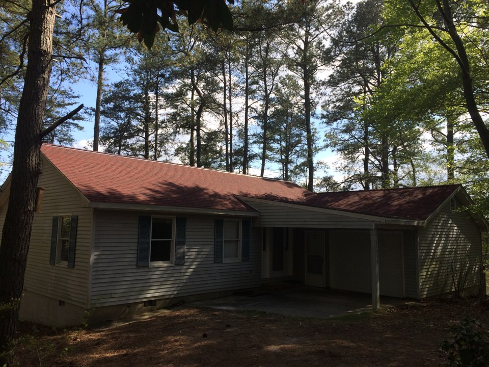 Belle Haven, VA - Spicer Bros. Construction roof job. Single layer shingle tear off. Installed new GAF Timberline HD Patriot Red shingles. Home is located in Belle Haven, Va.
