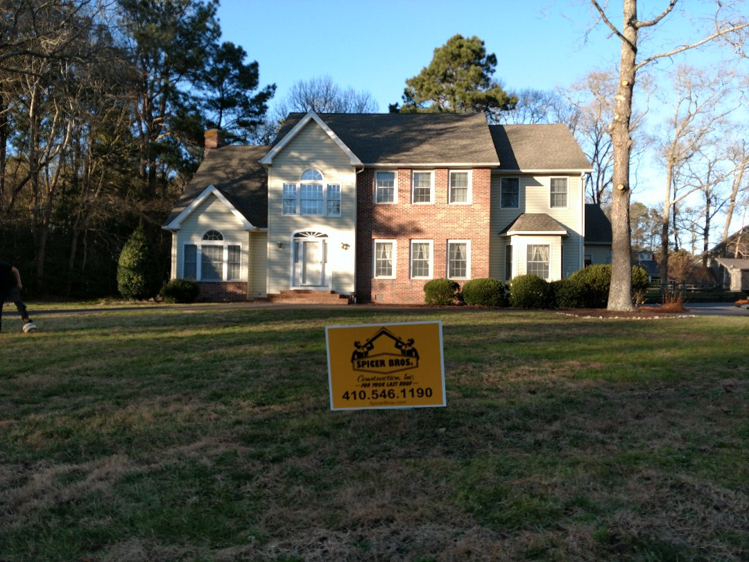 Salisbury, MD - Spicer Brothers Construction remove one layer shingles in Salisbury Maryland and installed new GAF Timberline Ultra HD shingles Weatherwood and color on Riderwood Drive.