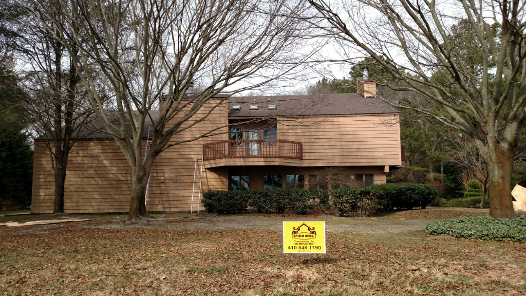 Salisbury, MD - Spicer Bros construction installed a new roof on this house and Salisbury Maryland using GAF Timberline shingles the color is Barkwood